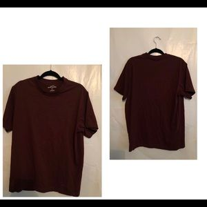 Eddie Bauer Basic T Shirt. Large. Maroon.